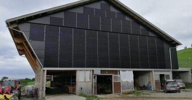 Fassaden-Anlage-Indach-Photovoltaik-Schwanden-Oberhelfenschwil-Toggenburg